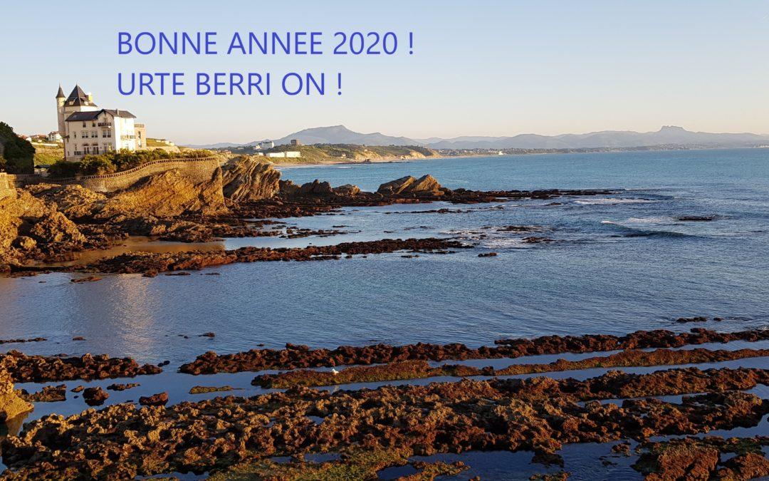 Toute l'équipe éducative de l'école Sainte Marie de Biarritz vous souhaite une belle année 2020 ! Urte berri goxo bat deneri !